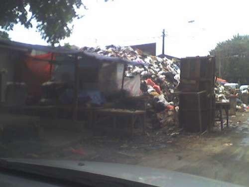 Sampah Pasar Sederhana
